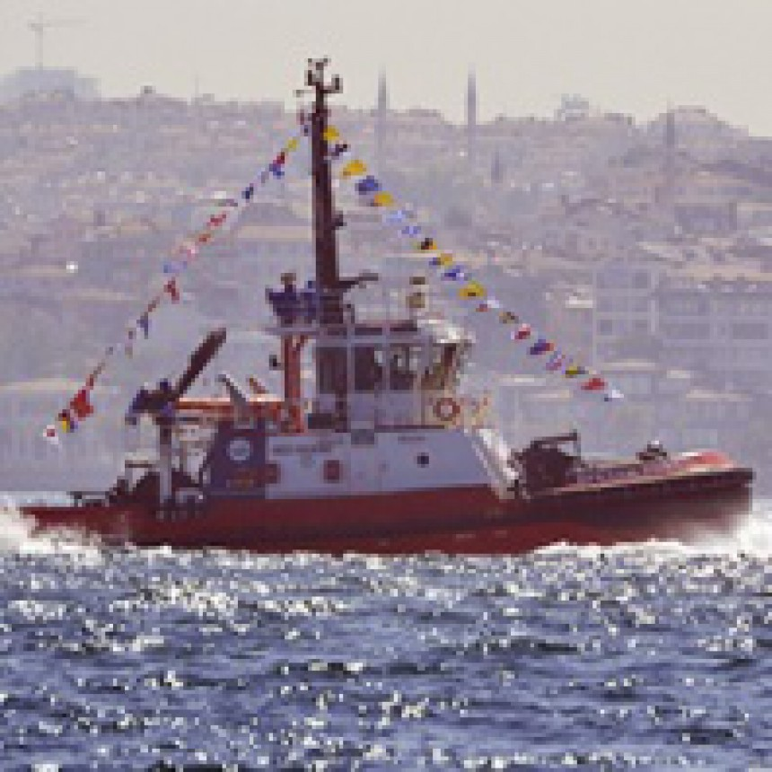 Med Marine puts EFESAN PORT into service in Izmit Bay.